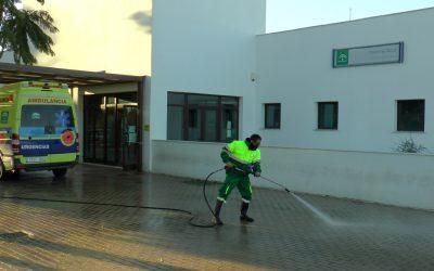 El operativo especial de limpieza y desinfección continúa desarrollándose por todo el municipio