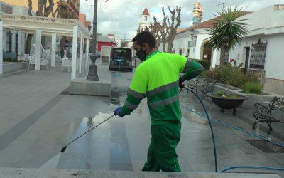 Camposantos y plazas públicas, en el repaso diario del plan de desinfección municipal