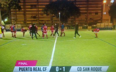 """El CD San Roque suma su primer triunfo a domicilio del curso """"anulando"""" a un buen Puerto Real C.F."""