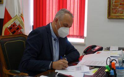 El alcalde agradece las aportaciones de Diputación de carácter social
