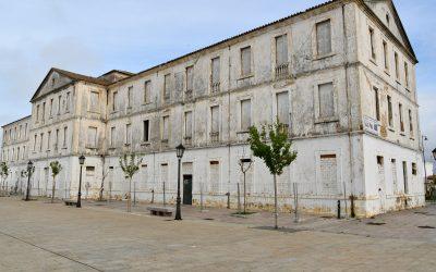El alcalde reclama a la Junta la formalización de la venta del edificio Diego Salinas