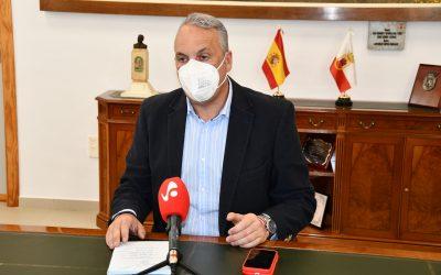 El alcalde reclama a la Junta la limpieza del arroyo Cachón