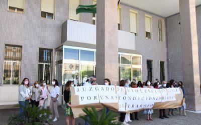 Córdoba apoya el paro de los trabajadores del Juzgado de Violencia sobre la mujer de Algeciras