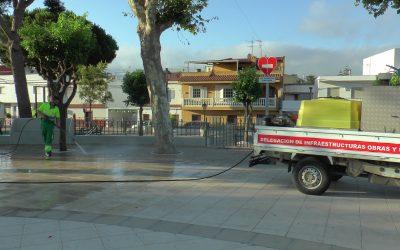 El plan de desinfección repasa a diario los parques infantiles del municipio