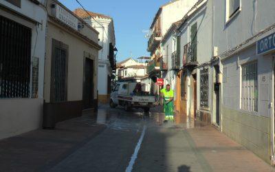 Desinfección y limpieza de los lugares más concurridos del municipio