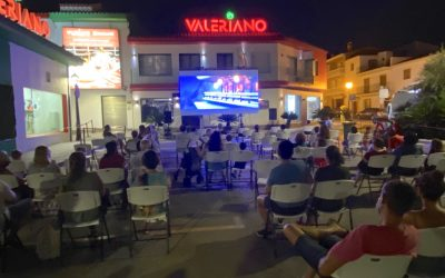 Buena afluencia de espectadores en Pueblo Nuevo, en la penúltima cita de Cine de Verano
