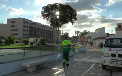 Limpieza y desinfección en varios puntos del municipio, como la barriada de La Paz y Puente Mayorga
