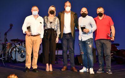 El Teatro Juan Luis Galiardo celebra sus 25 años con un homenaje a sus trabajadores