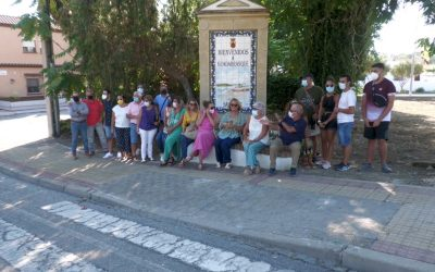 El Paseo Literario sobre Rosalinda Fox vuelve a a Guadarranque con buena participación