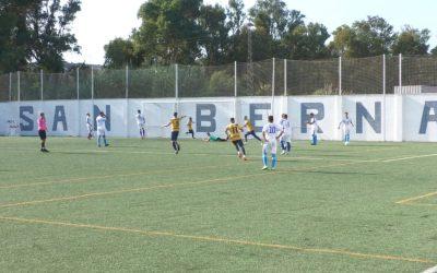 Reparto de puntos entre el CD San Bernardo y el Rayo Sanluqueño (2-2)