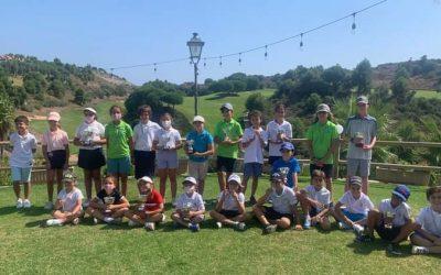 Los alumnos de la Escuela Municipal de Golf La Cañada dominan en las pruebas del Pequecircuito de Andalucía, en su Zona C y W