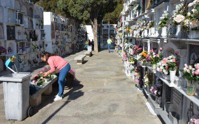 Los cementerios de San Roque abrirán ininterrumpidamente durante la festividad de Todos los Santos