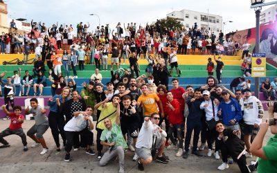 """El gaditano Delvalle gana la """"Batalla de Gallos"""" celebrada con éxito en San Roque"""