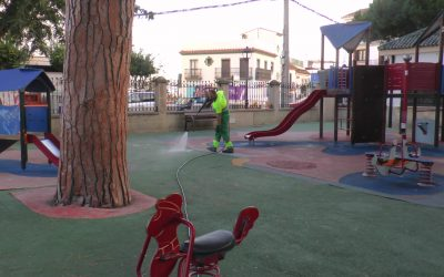 Nueva jornada de limpieza y desinfección en parques y plazas